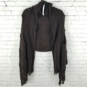THE WOW NOW | cable knit fringe shawl/scarf